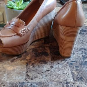 Lucky Tan Wedge Peep Toe